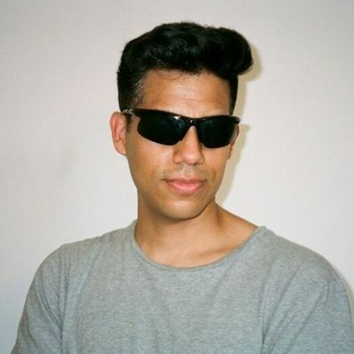 Fine Touch's avatar