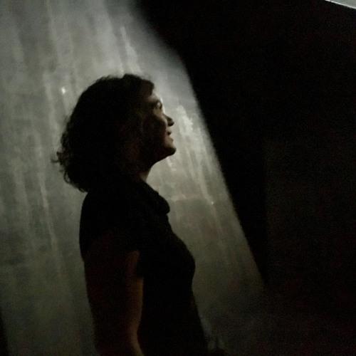 Jenny Bell's avatar