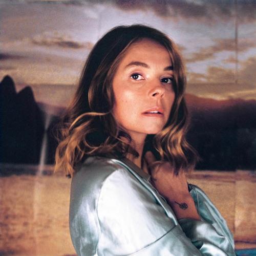 Laure Briard's avatar