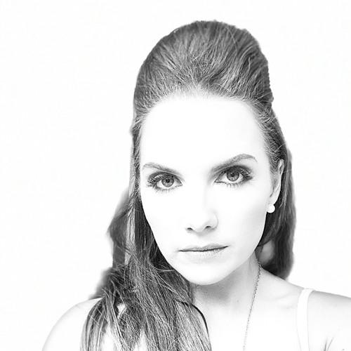 Angie C's avatar