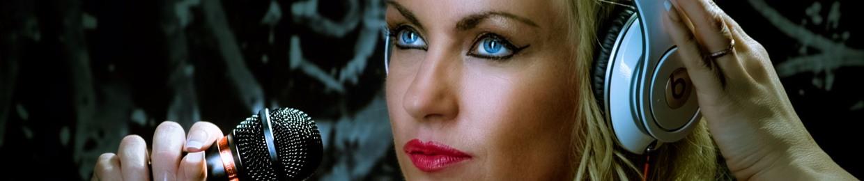 Dionne N - Vocalist